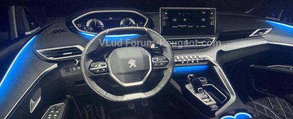 Daca ramane asa, Volkswagen Tiguan isi va pierde toti clientii. Uite cum arata la exterior si interior noul Peugeot 3008
