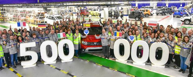 Dacia deschide sampania. Duster-ul 2 cu numarul 500.000 a fost produs la uzina de la Mioveni