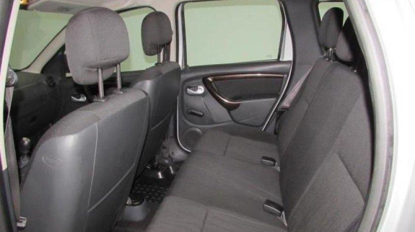Dacia Duster 1.5 dCi 4WD Laureate 90 CP 2012