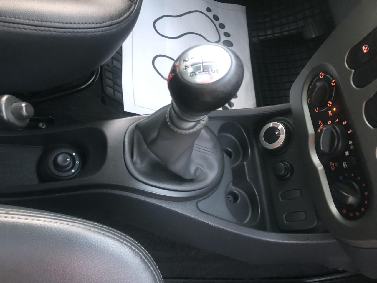 Dacia Duster EURO 5, 4X4 la buton 2013