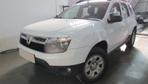Dacia Duster Laureate 1.5 dCi 110 CP 4WD 2012