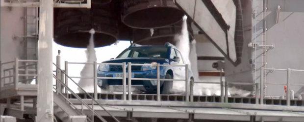 Dacia lanseaza actualul Duster in spatiu. Incepe numaratoarea inversa pentru noul model