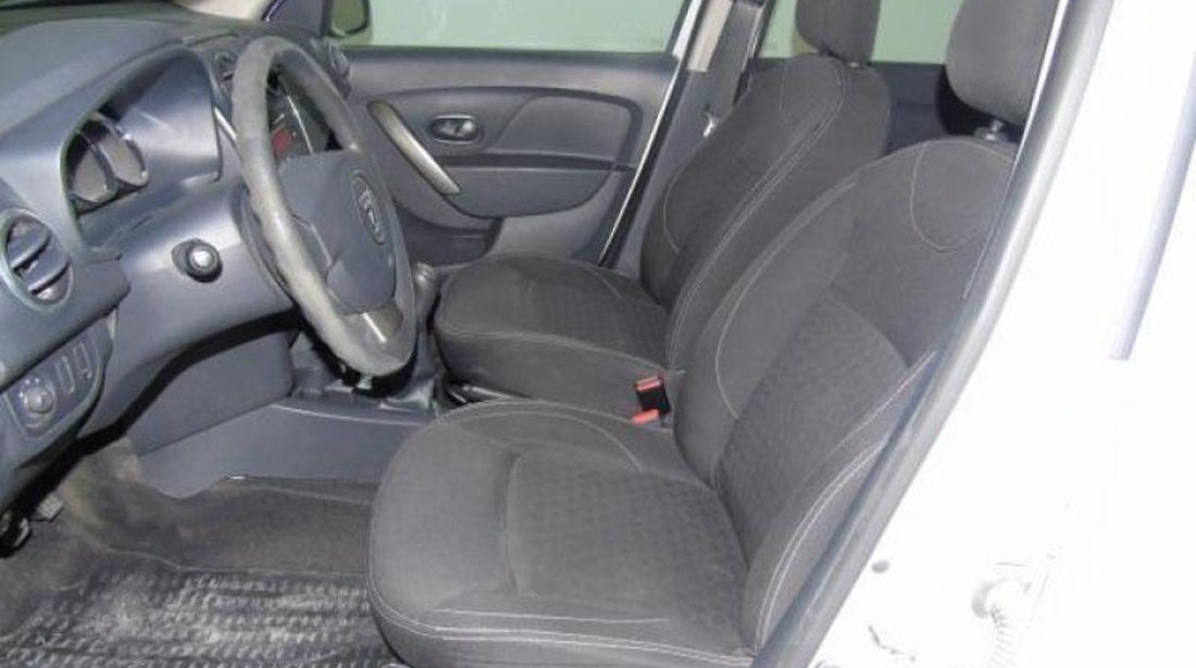 Dacia Logan 1.5 dCi Laureate 75 CP 2013