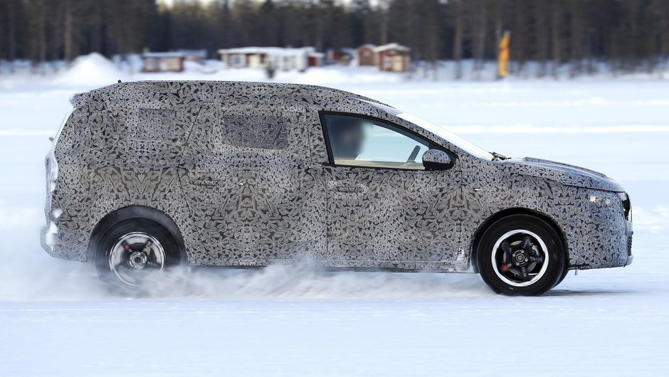 Dacia misterioasa in teste