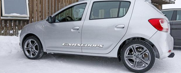 Dacia Sandero Sport, in cele mai clare imagini de pana acum