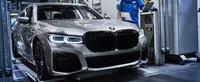 Dai un ban, dar ai cea mai mare grila din parcare. Cat costa in Romania noul BMW Seria 7 Facelift