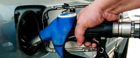 De acum incolo vom plati 5 bani in plus la litrul de carburanti. Uite aici motivul