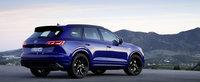 De-acum poti comanda un VW Touareg cu 462 CP si consum de 2.7 la suta de kilometri