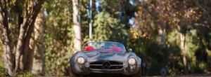 De afara arata ca un Mercedes 300SL dar inauntru are piele rosie iar sub capota un V6 supraalimentat