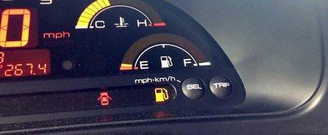 De ce sa nu mergi niciodata cu sub un sfert de rezervor plin in masina?