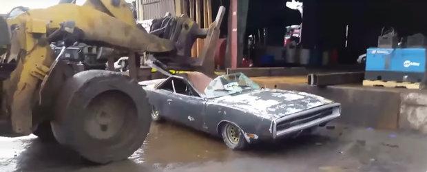 De nervi, un american a facut bucati un Dodge Charger rar. Motivul halucinant si VIDEO inclus