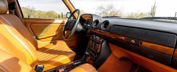 De pe vremea cand nemtii inca faceau masini: Mercedes-ul ASTA are peste 1.2 milioane de KM la bord!