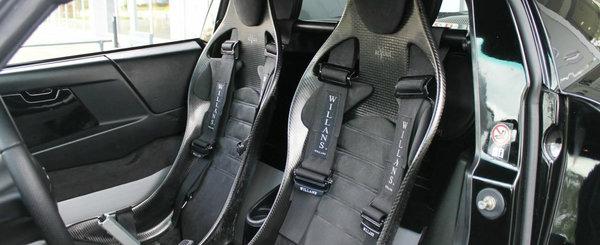 De pe vremea cand Opel se batea cu Porsche: masina din 2003 are motor central de 300 CP si tractiune spate