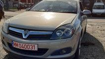 Debitmetru aer Opel Astra H 2006 coupe 1.8i