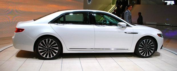 Detroit 2016: Noul Lincoln Continental se lauda cu 400 CP si... portiere automate