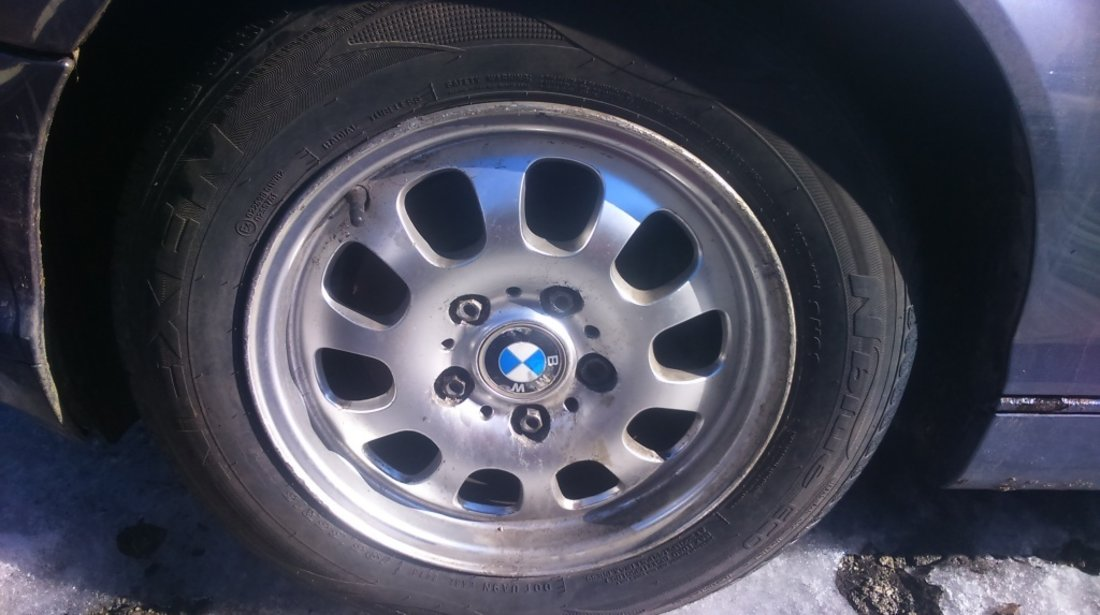 Dezmembram Bmw 318 an fab 2003 1,8 Benzina