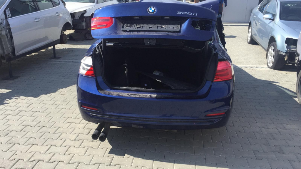 Dezmembram BMW 320D, F30 an fabr 2016