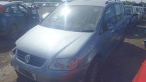 Dezmembram Dezmembrari Volkswagen Touran 2006 1.9 ...