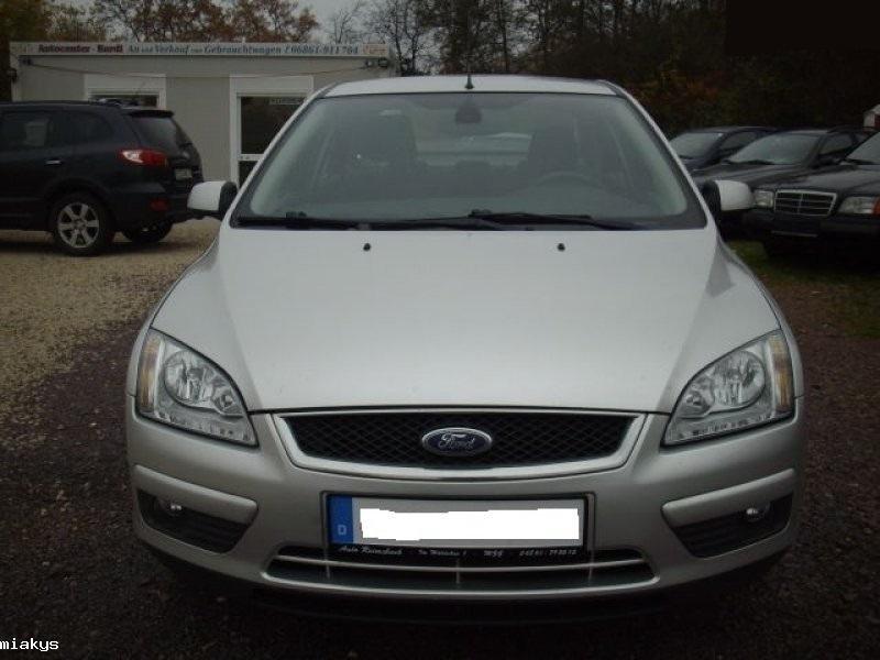 Dezmembram Ford Focus II 2005-2008