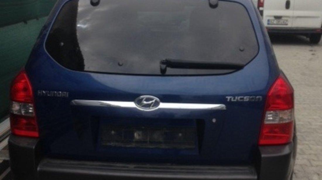 Dezmembram Hyundai Tucson 4x4, 2.0 benzina, fabr. 2007