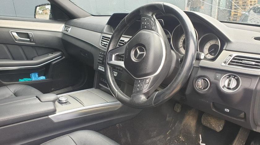 Dezmembram Mercedes E-Class W212 facelift din 2013