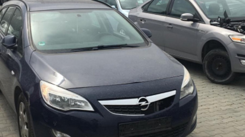 Dezmembram Opel Astra J 1.3 CDTI, 5 trepte an fabr 2010