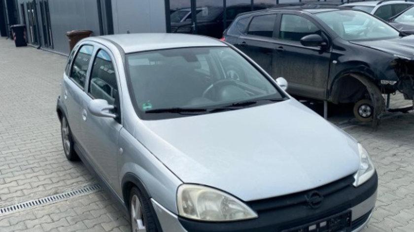 Dezmembram Opel Corsa C 1.8 benzina an fabr 2004