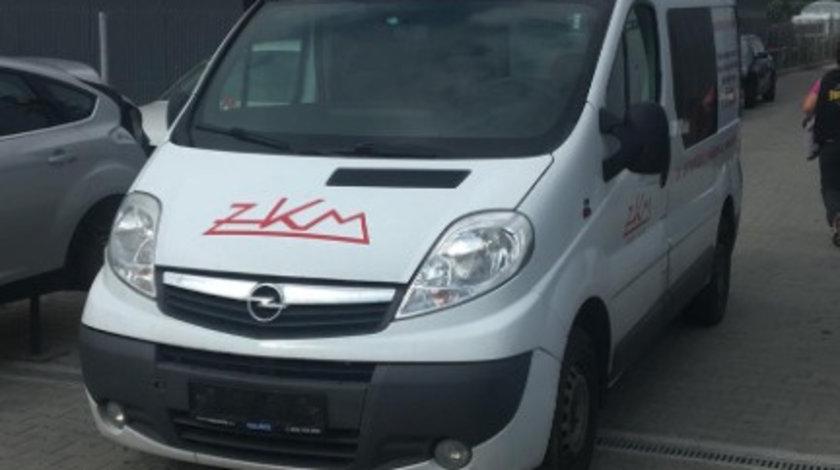 Dezmembram Opel Vivaro 2.0 D an fabr 2010