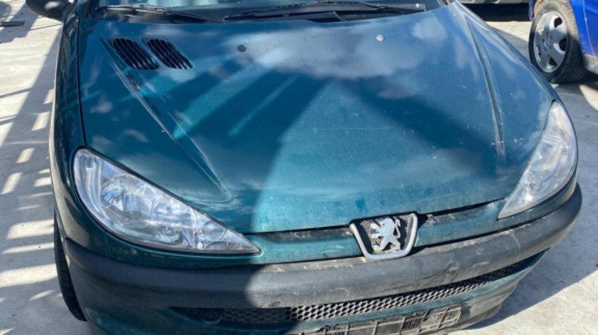 Dezmembram Peugeot 206,1.4 HDI an fabr 2006