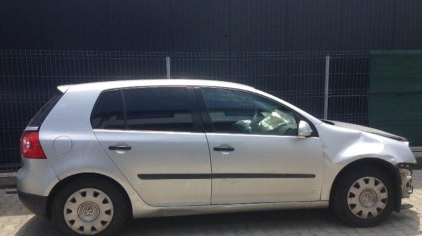 Dezmembram VW Golf 5,1.4 benzina,an fabricație 2006