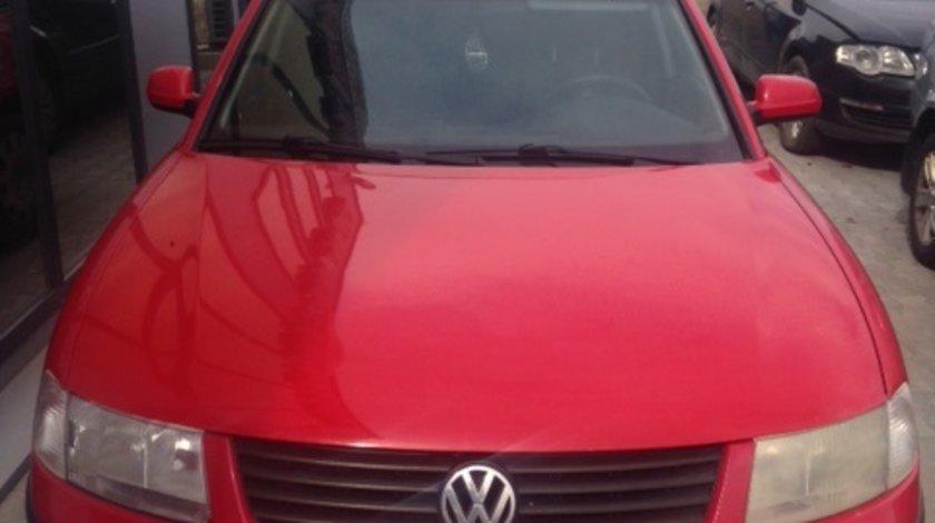 Dezmembram VW Passat,1.6 benzina,an fabr 2000