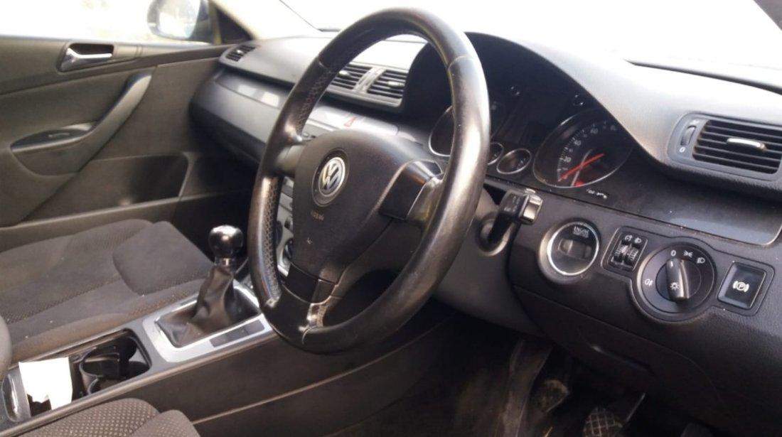 Dezmembram VW Passat B6 break an fab 2007 motor 2,0 BKP
