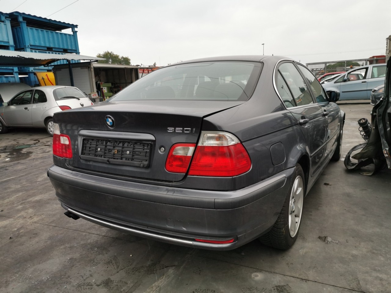 dezmembrari auto BMW E46 an 1999 - 2000 - 2001 motor 320i 226S1 170cp