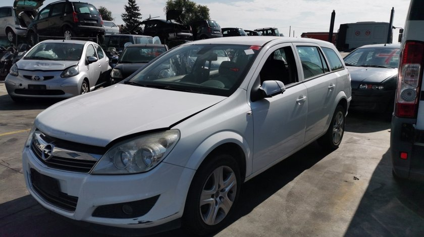 dezmembrari auto Opel Astra H facelift an 2007 - 2008 - 2009 - 2010 motor 1.7cdti Z17DTR