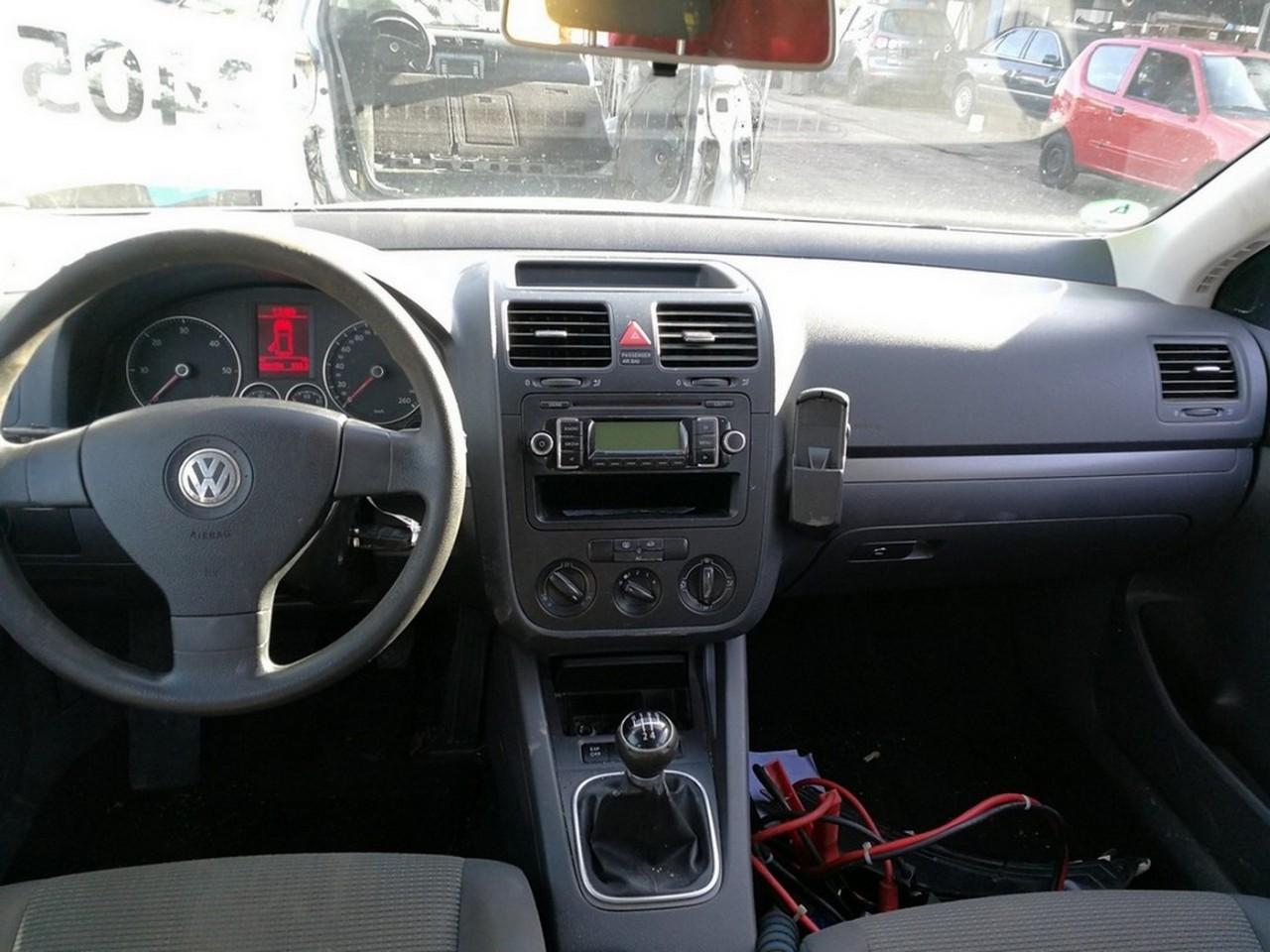 DEZMEMBRARI AUTO Volkswagen Golf 5 bluemotion an de fabricatie 2008 - 2009 - 2010