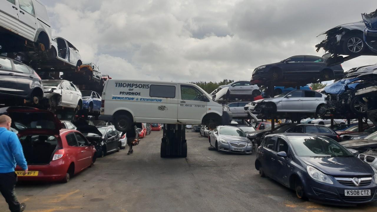 Dezmembrari auto vw