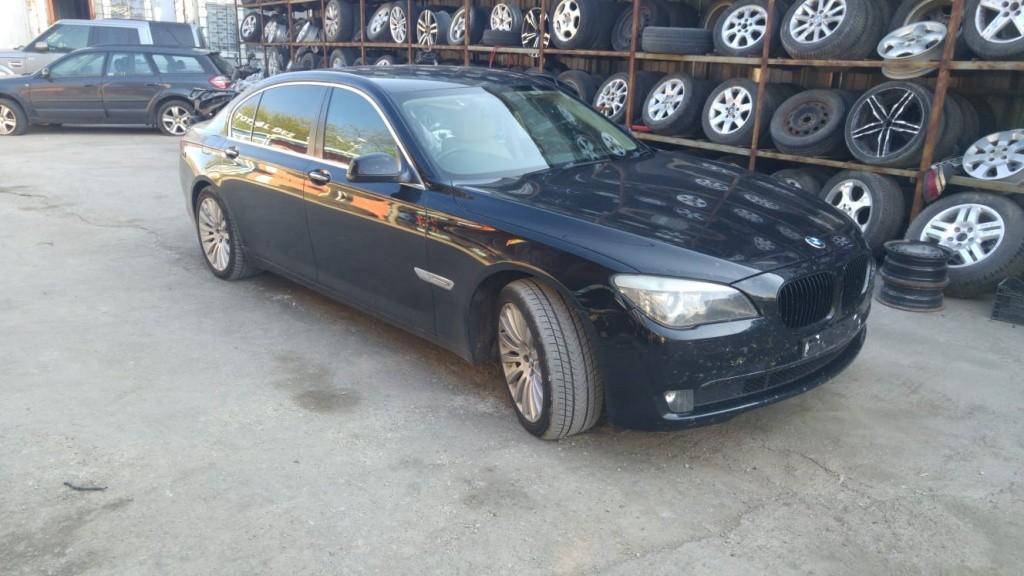 Dezmembrari BMW Seria 7 F01 F02 730d  2008-2015