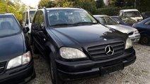 Dezmembrari / Dezmembrez Mercedes-Benz ML 2000 Die...