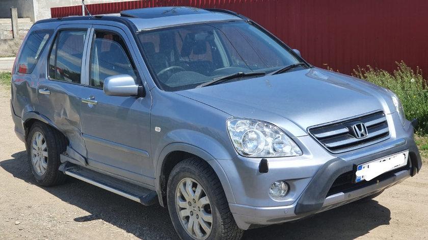 Dezmembrari Honda CR-V 2006 4x4 suv 2.2 CTDI