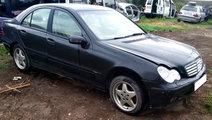 Dezmembrari  Mercedes Benz Kompressor W203 C200 FL...