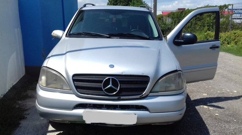 Dezmembrari  Mercedes Benz ML 270 CDI An 2000 , NFL