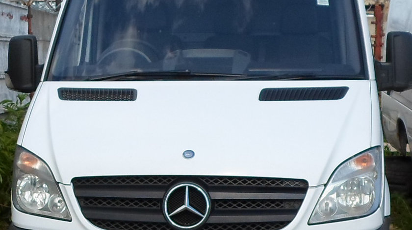 Dezmembrari Mercedes Sprinter 311 2.2 - 2.7 CDI