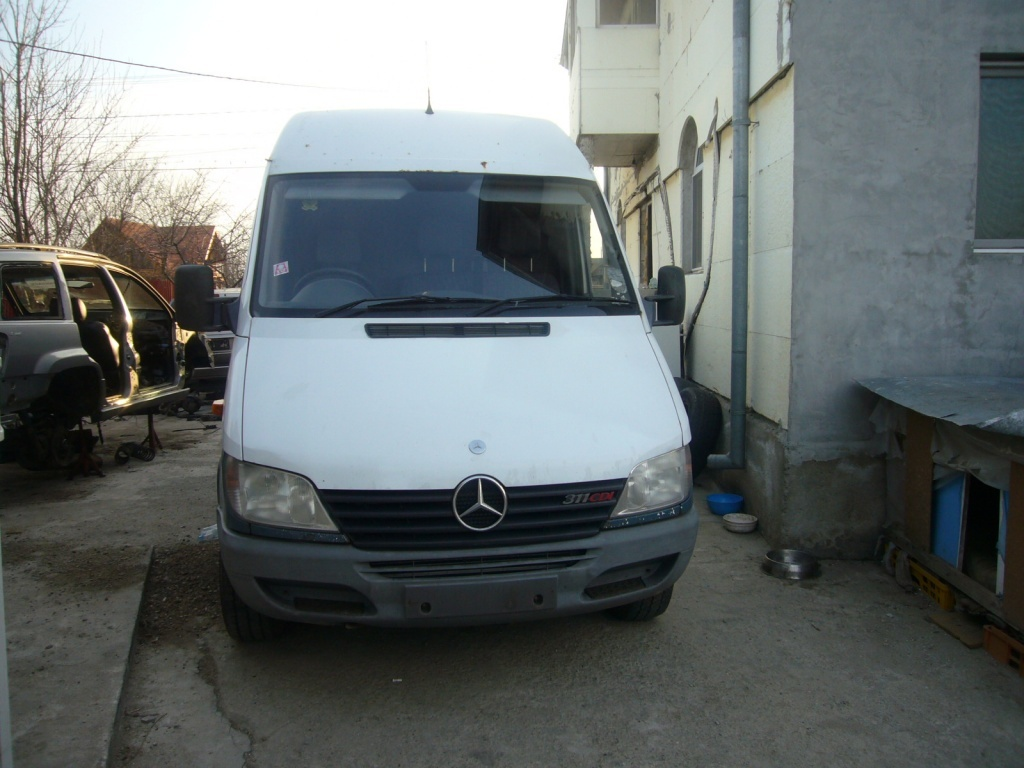 Dezmembrari Mercedes Sprinter