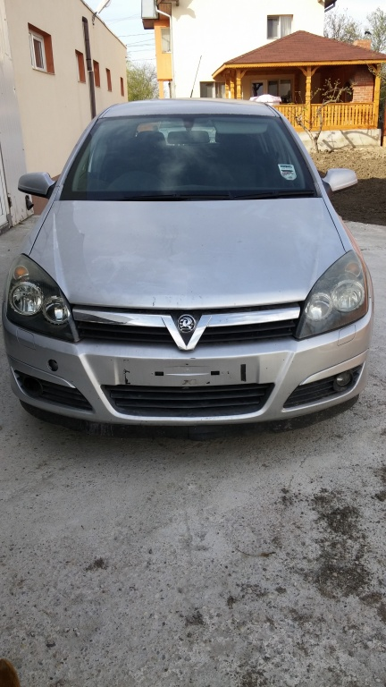 Dezmembrari Opel Astra H 1.9 CDTI
