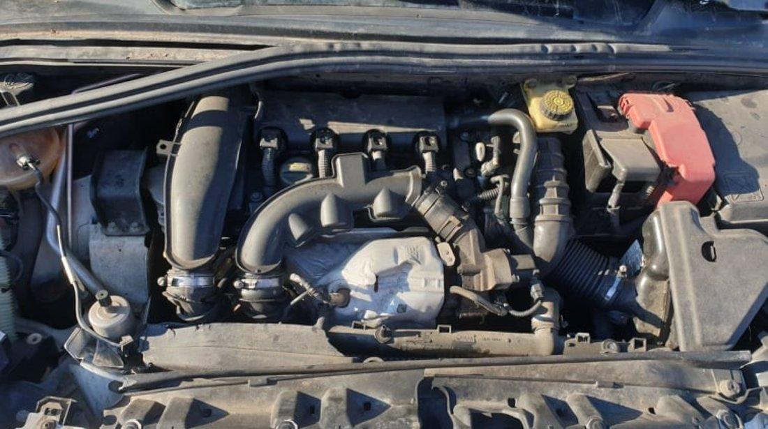 Dezmembrari Peugeot 308 CC 1.6 benzina motor 5FX 6 trepte manuala an 2009