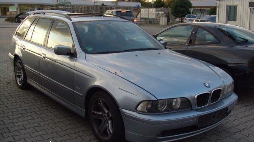 DEZMEMBRARI PIESE BMW E39 525D TOURING 2003