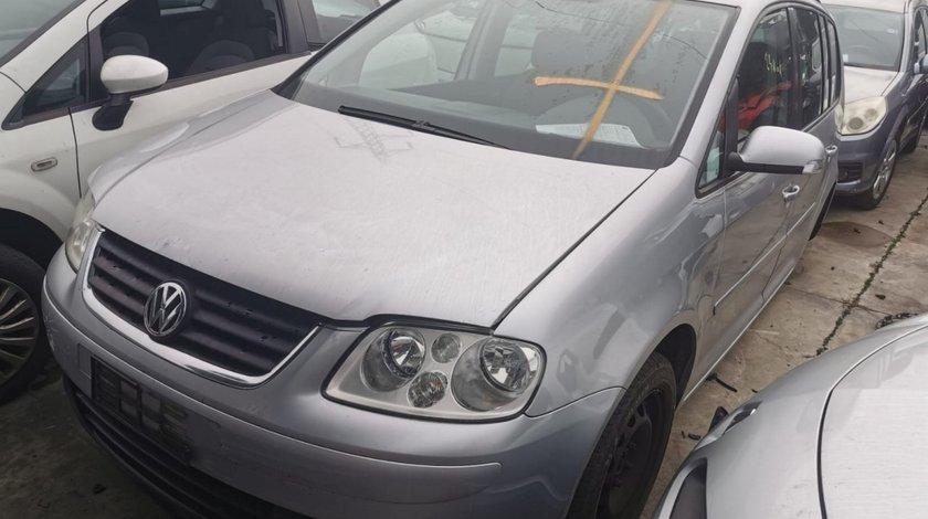 Dezmembrari Volkswagen Touran 2005 non-facelift 1.9 tdi