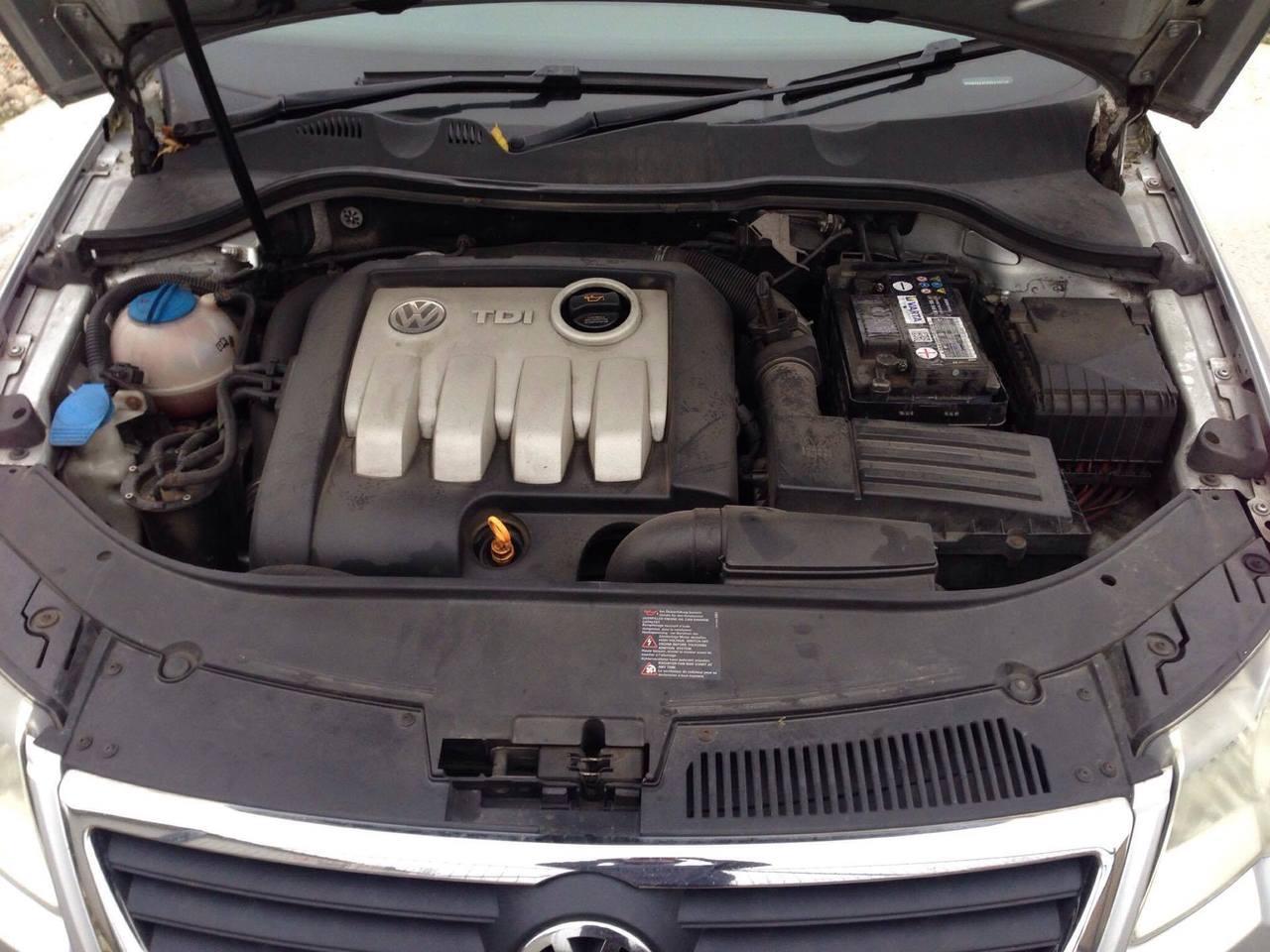 Dezmembrari Vw Passat B6 1.9 TDI cod motor BXE