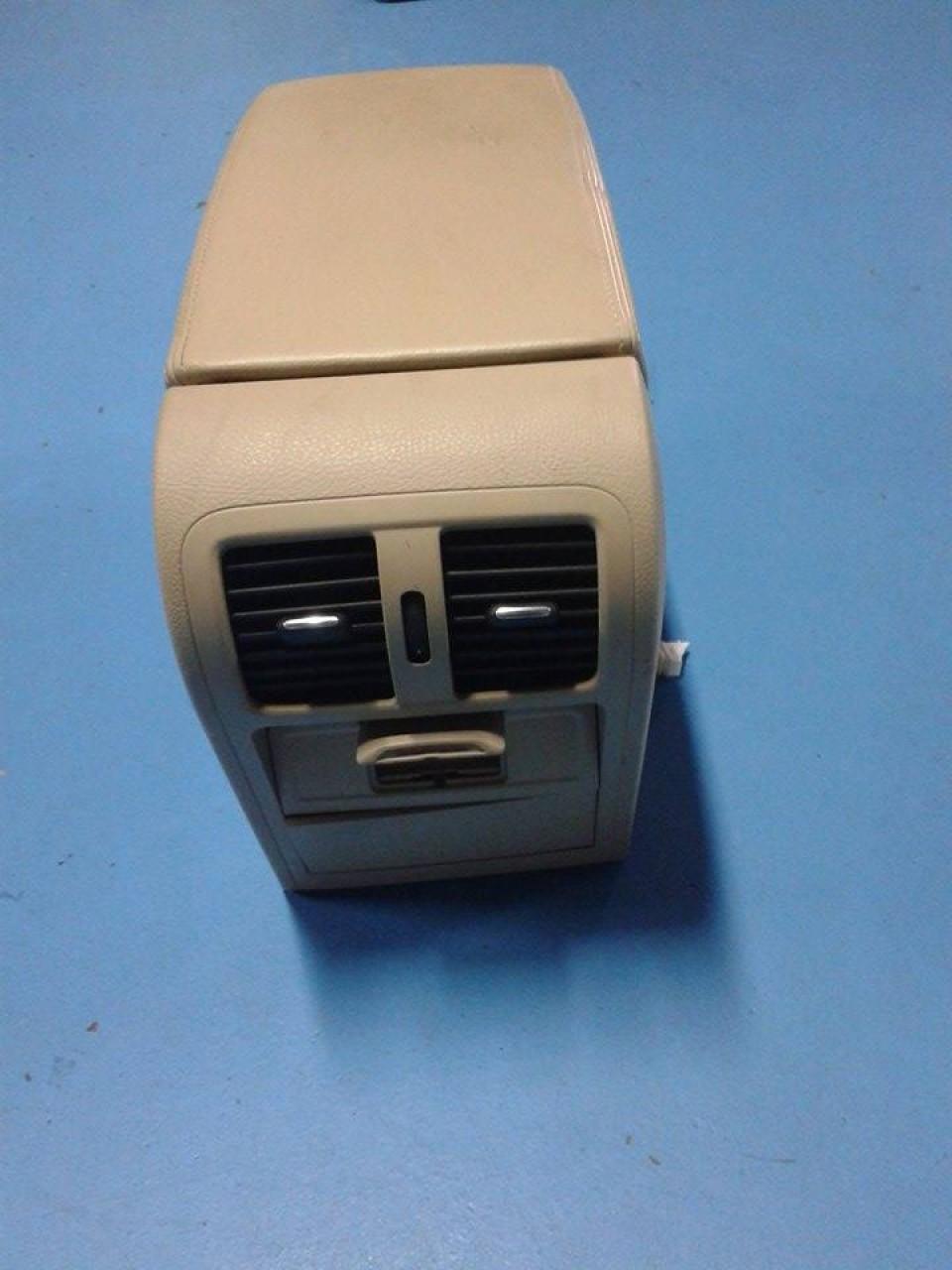 Dezmembrari VW PASSAT B7 2012 3G2 motor CAY 1.6 TDI, cutie DSG 2