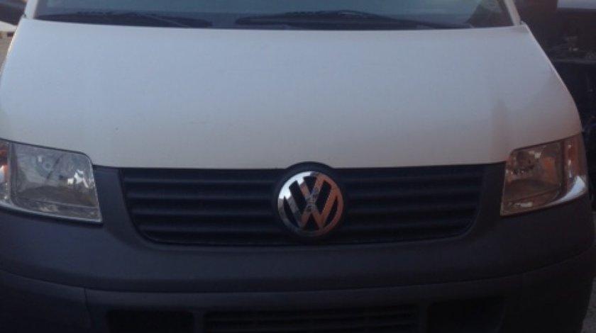 Dezmembrari VW Transporter T5 2 5 diesel an 2005